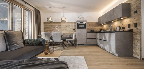 Küche mit Essbereich für bis zu 4 Personen